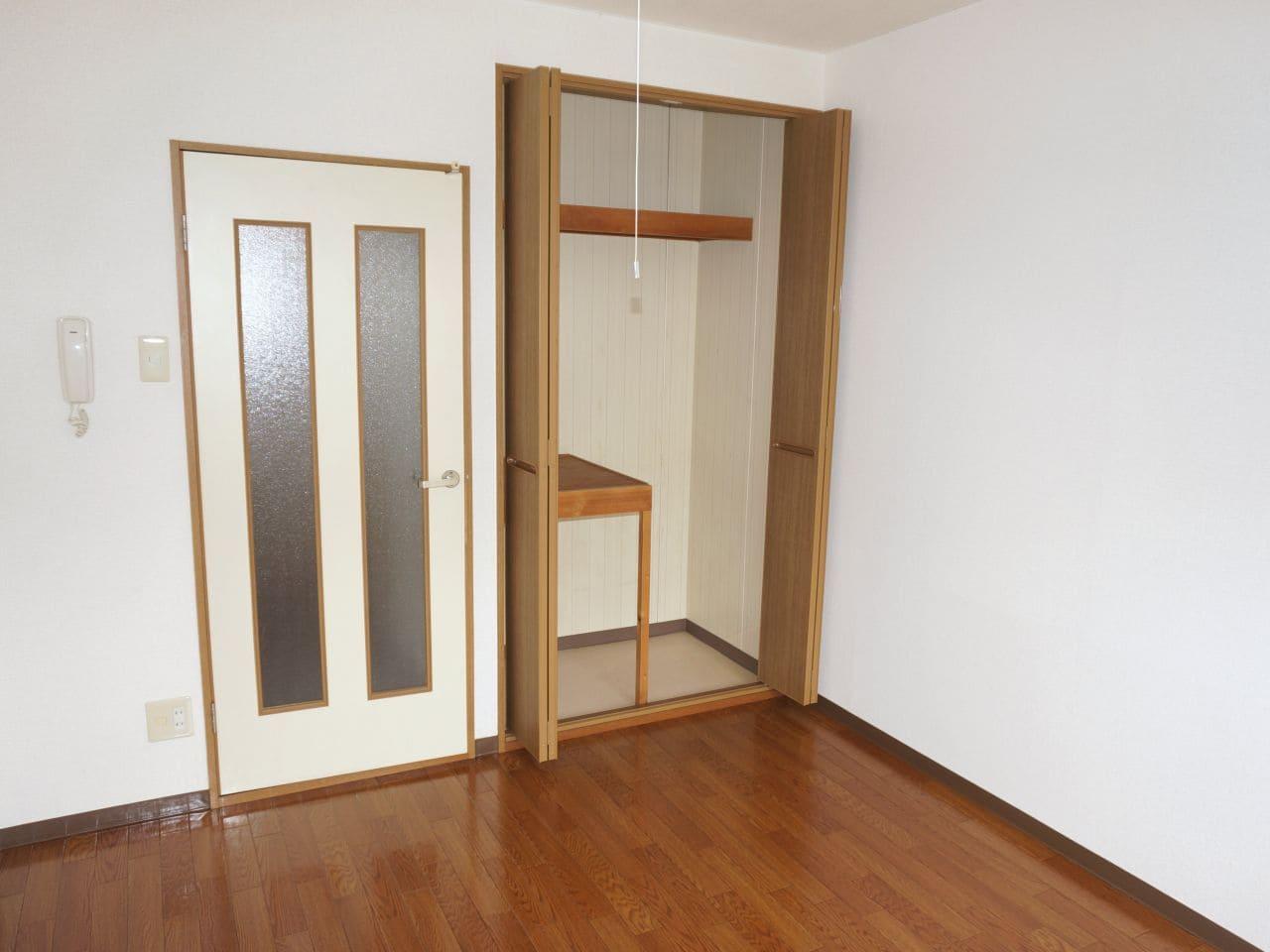 セピアコート2 01020号室のリビング
