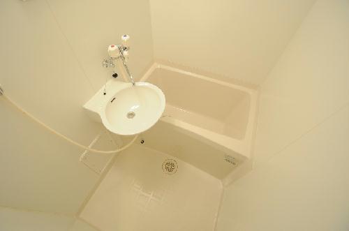 レオパレスパレス千里A 107号室の風呂