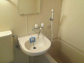 プレアール野中 401号室の洗面所