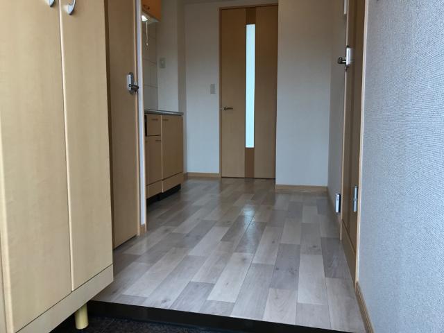 サンコート桜 101号室の玄関