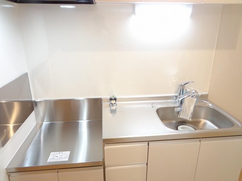 MATSU-KAZE Ⅱ 01020号室のキッチン