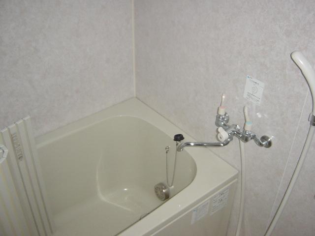 グリーンヒルズC 105号室の風呂