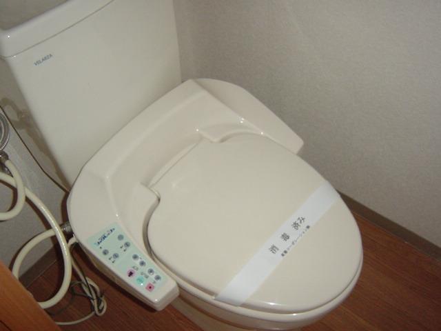 グリーンヒルズC 105号室のトイレ