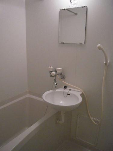 レオパレスエスポワール 205号室の風呂