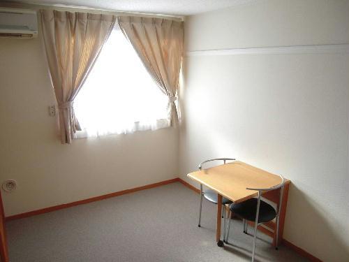 レオパレスエスポワール 205号室のリビング