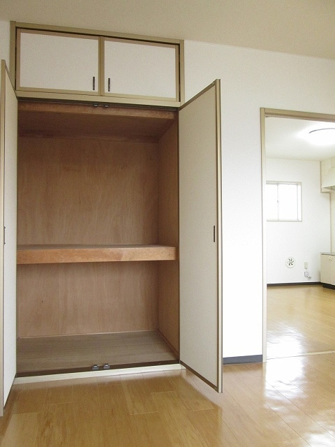 パルテール 01010号室の収納