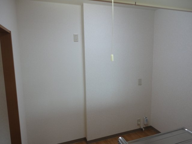 グランディール星の宮 201号室のキッチン