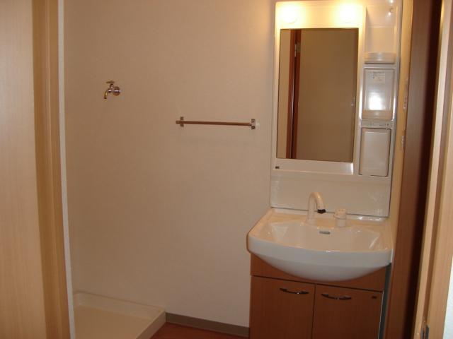 サニーコート.F 202号室の洗面所