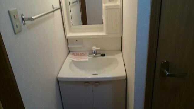 シ-サイドオリゾン 02010号室の洗面所