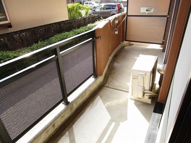 ラ・コモード 03030号室のバルコニー