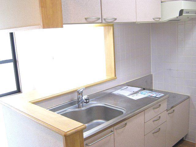 ラ・コモード 03030号室のキッチン