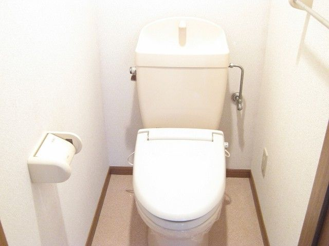 ラ・コモード 03030号室のトイレ