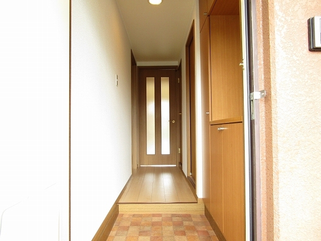 ラ・コモード 03030号室の玄関