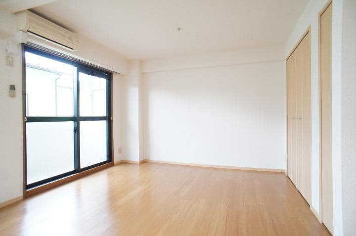 グランシェーヌ 02020号室のリビング