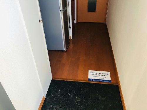 レオパレスクリアー 201号室のリビング