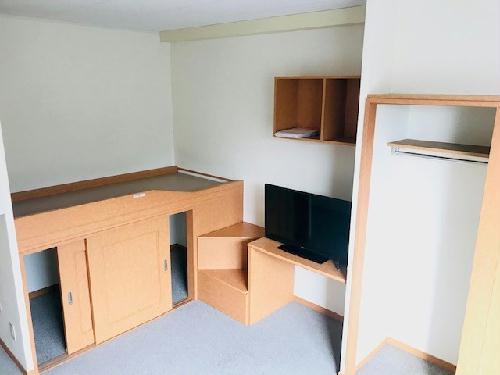 レオパレスクリアー 201号室の収納