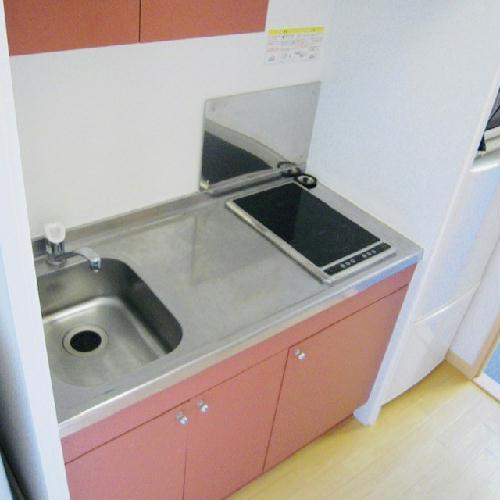 レオパレスブルーリヴィエール 302号室のキッチン