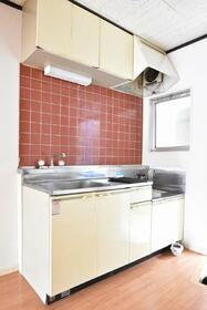 ファミール城南 101号室のキッチン