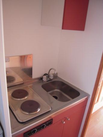 レオパレスキノーレ 101号室のキッチン