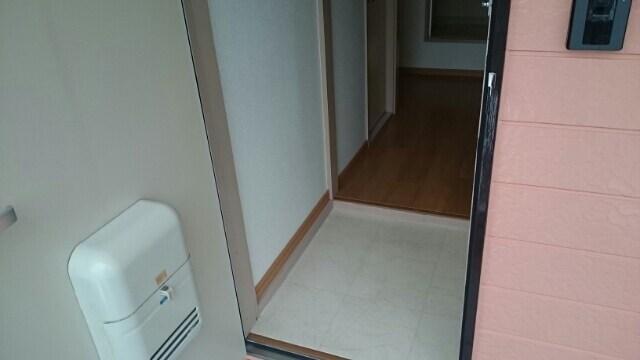アーククロス 02020号室の玄関