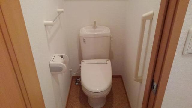 ポルト・エスポワ-ル 01020号室のトイレ
