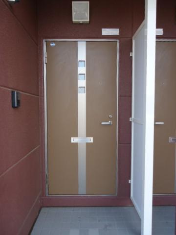 エバーハイム 205号室のエントランス