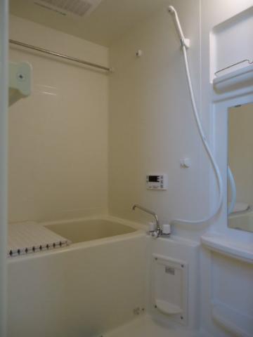 エバーハイム 205号室の風呂