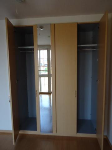 エバーハイム 205号室の収納