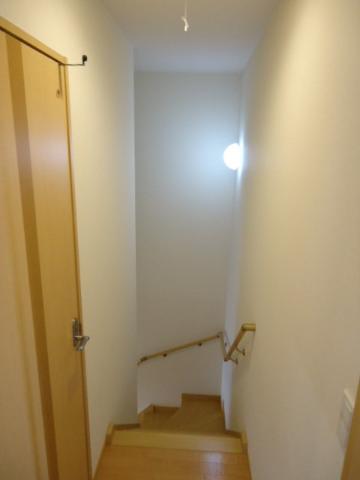 エバーハイム 205号室の玄関