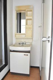 コーポ下林 201号室のトイレ