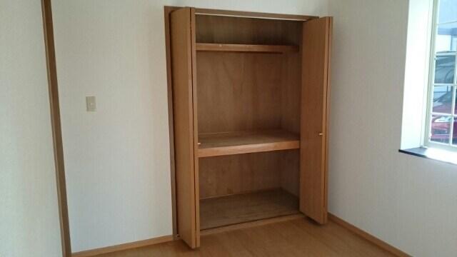 カボティーヌ 01030号室の収納