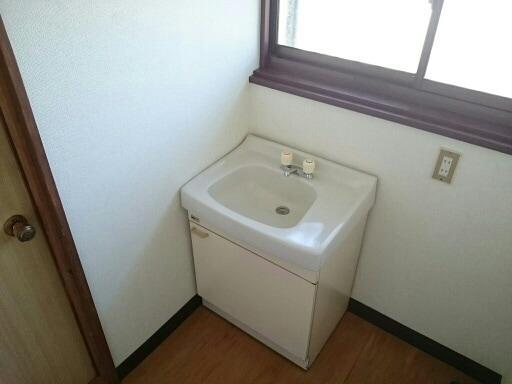 ニュ-弥生坂マンション 01030号室のベッドルーム