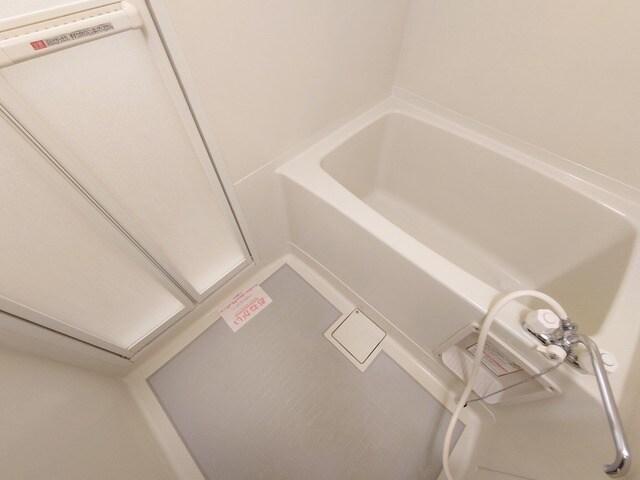 リバーカーム 02010号室の風呂