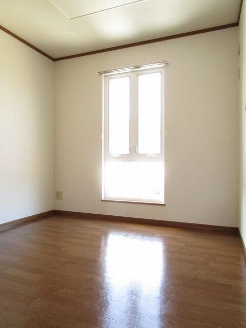 クレストール カーサ 02010号室の居室