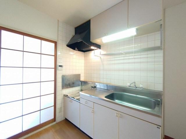レジデンス海野 03030号室のキッチン