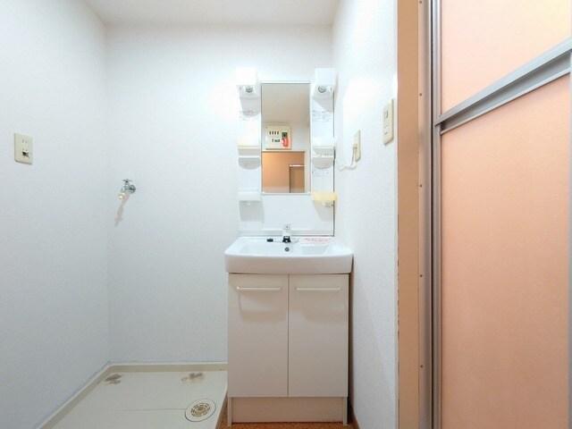 レジデンス海野 03030号室の洗面所