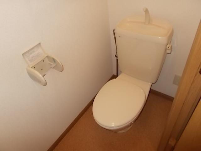 サンライトヴィラ 01010号室のトイレ