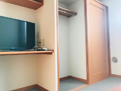 レオパレスサーフサイドダイゴ 202号室の収納
