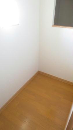 レオネクストサーフサイド海誠 201号室の収納