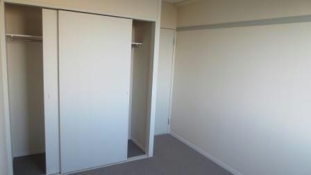 レオパレスボヌールエスパースE 102号室のリビング