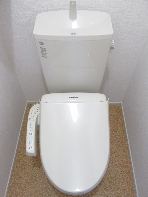 イセ ソラージュⅡ 03010号室の洗面所