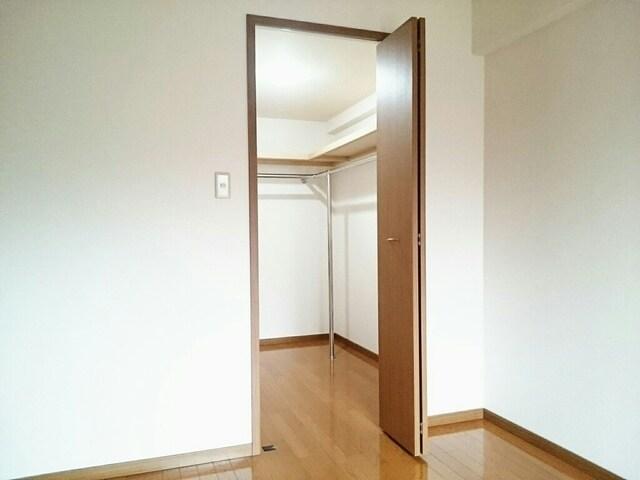カイラス・ドルフ 03020号室の収納