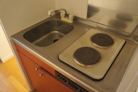レオパレスCasaAvenue Ⅲ 208号室のキッチン