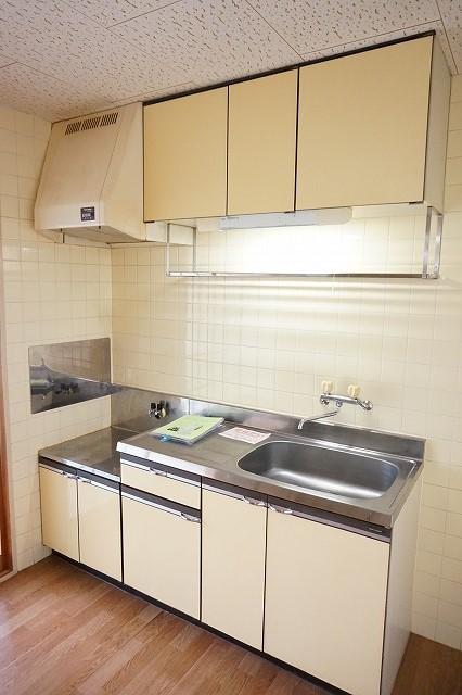 マリッチ高嶋 02040号室のキッチン