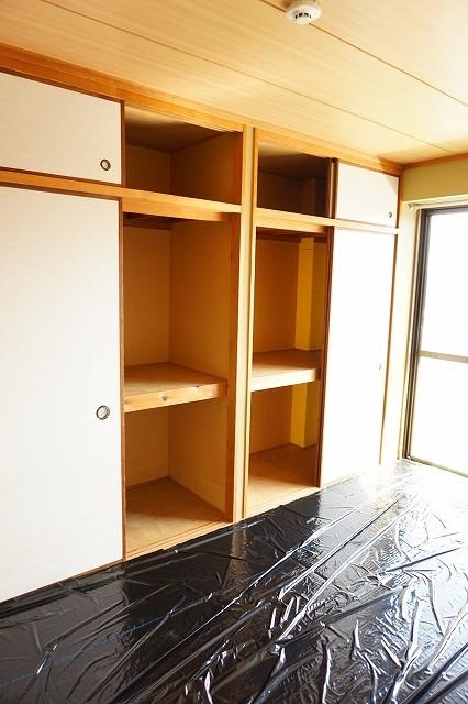 マリッチ高嶋 02040号室の収納