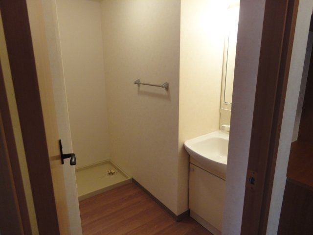 グレイスヴィラ A棟 305号室のリビング