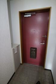 ブルーベルSAITO 403号室の玄関