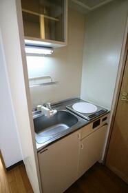 ブルーベルSAITO 403号室のキッチン