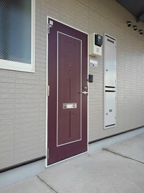 エルディム高木 A 01030号室のエントランス