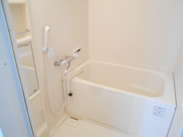 WIZARD 05010号室の風呂